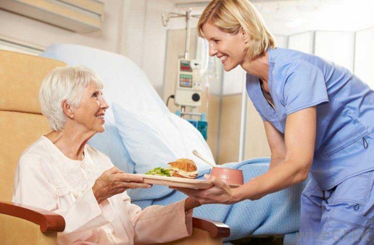 Piquing new nurses' interest in gerontologic nursing