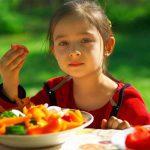 kid eating healthy child girl veggies vegetable
