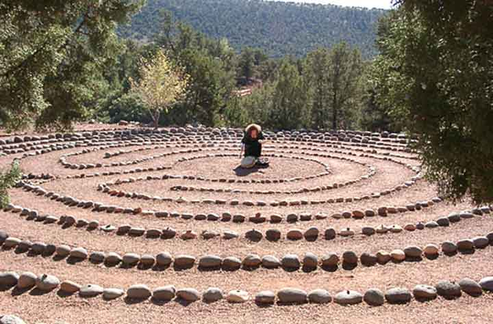 labyrinth self healing walk exercise