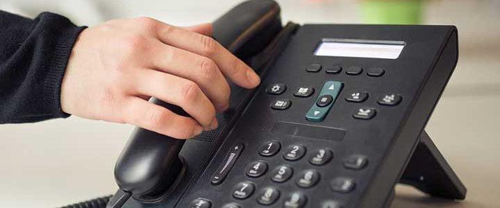 voicemail etiquette speak confidence brief