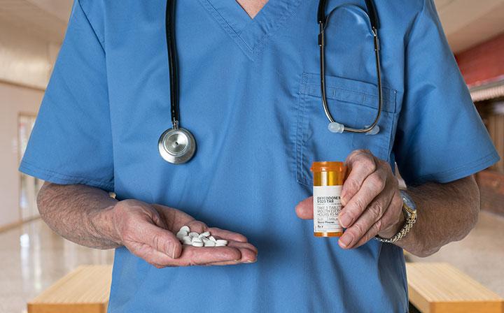 emergency department physician underestimate opioid prescribe