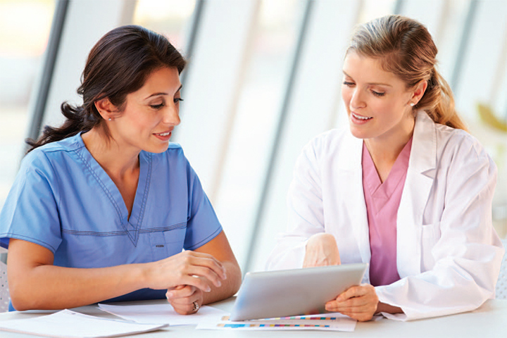 Near-peer mentoring for nursing research education
