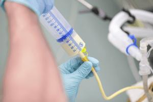 tube feeding aspiration