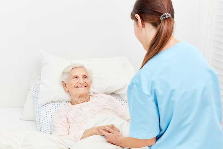 Nurses' role in managing pain